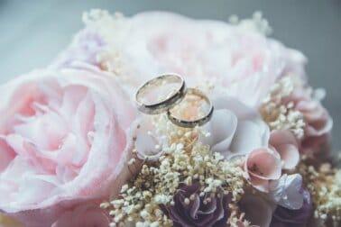 Wedding photography hashtags thumbnail
